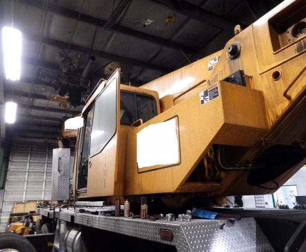 2008 Link-Belt HTT8690 Hydraulic Truck Crane