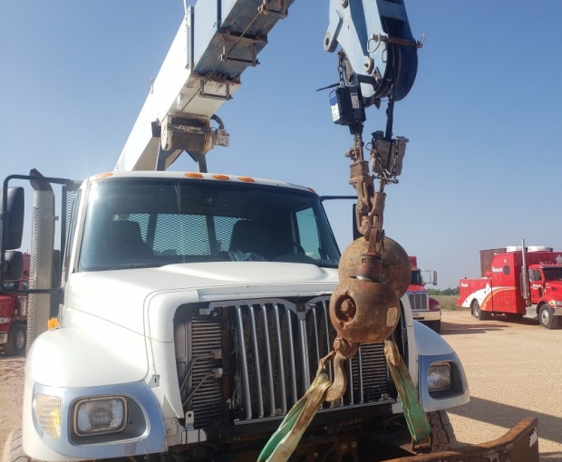 Manitex 30102WL Crane Mounted on 2007 International Navistar 7500 3
