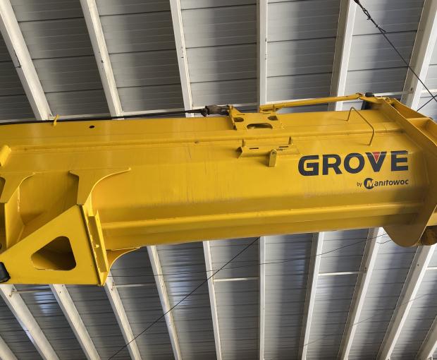 2010 Grove RT890E  6