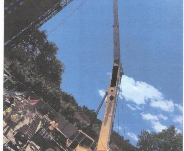 2001 Grove RT650E 7