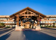 Exterior at Red Lion Hotel Kalispell