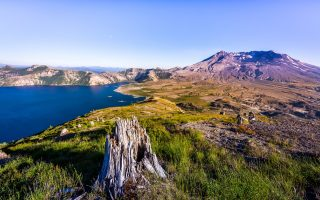 Mount St. Helens Visitor Center Package