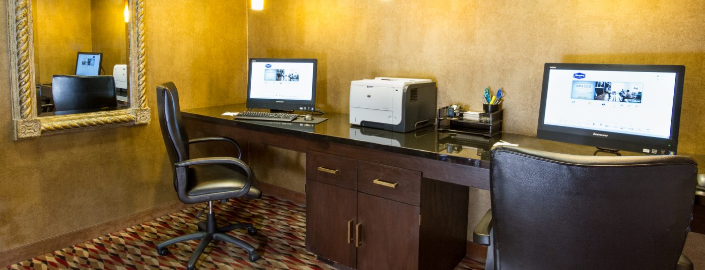 Business Center at Hampton Inn Paso Robles