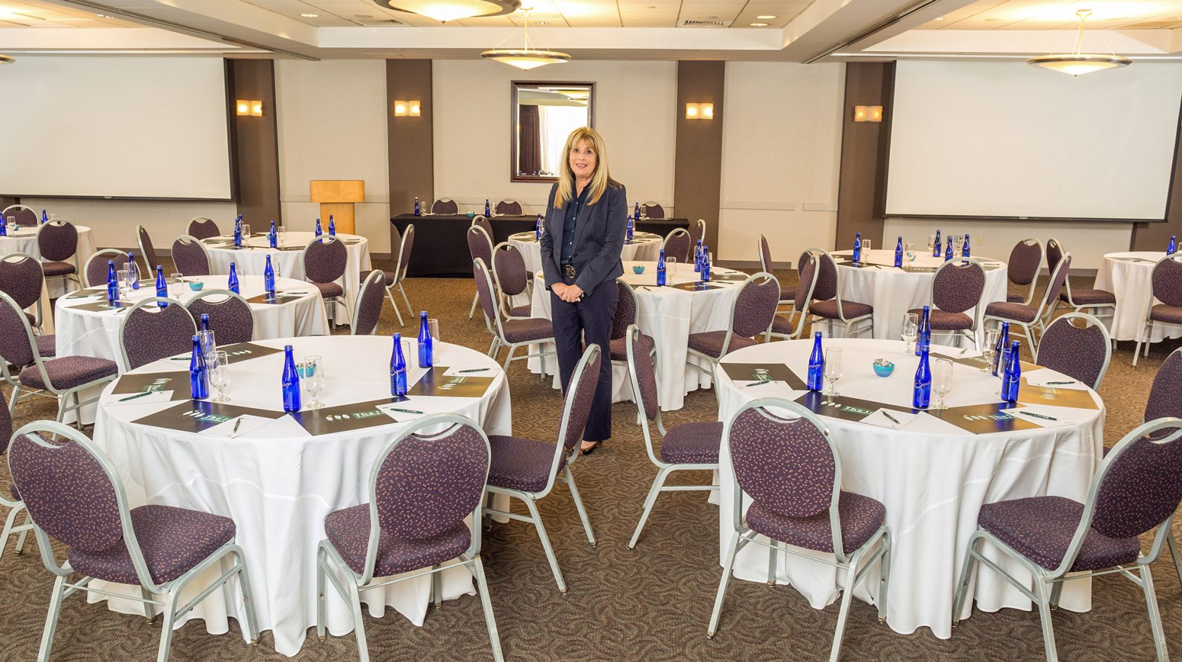 boston meeting room and planner at the inn at longwood medical