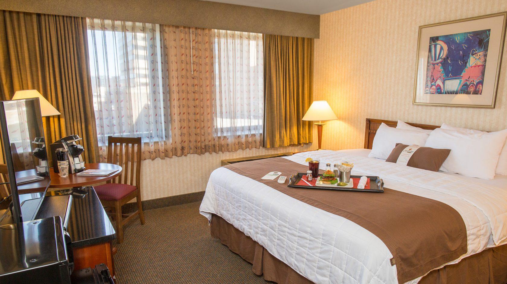 fenway park hotel inn at longwood medical. Black Bedroom Furniture Sets. Home Design Ideas