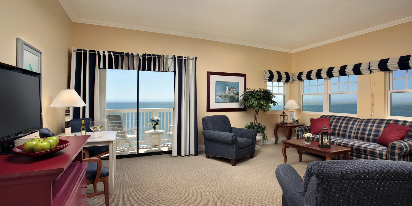 Family friendly spacious suite Pismo Lighthouse Suties