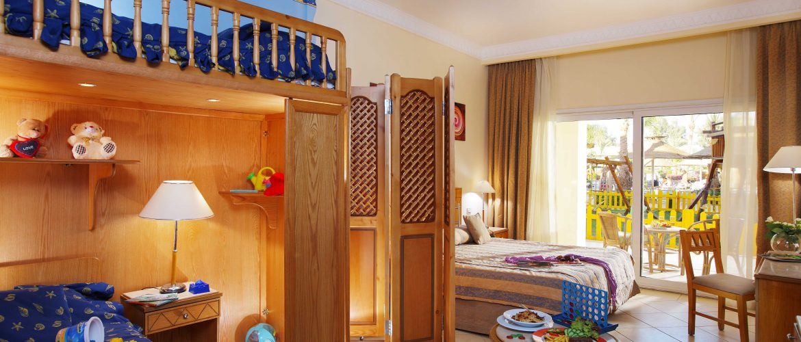 Family Rooms With Kids Corner