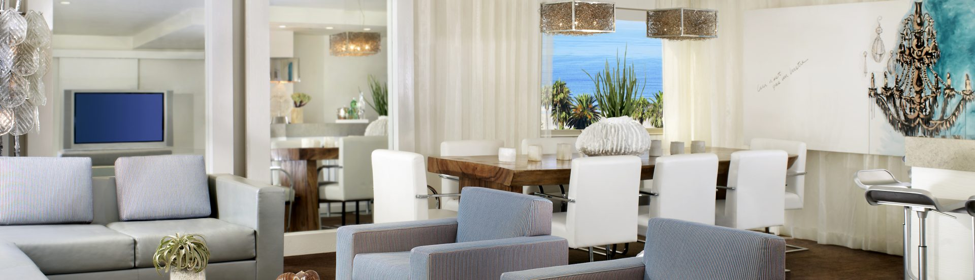 Amenities REVEL IN THE FINE AMENITIES OF OUR SANTA MONICA BEACH HOTEL