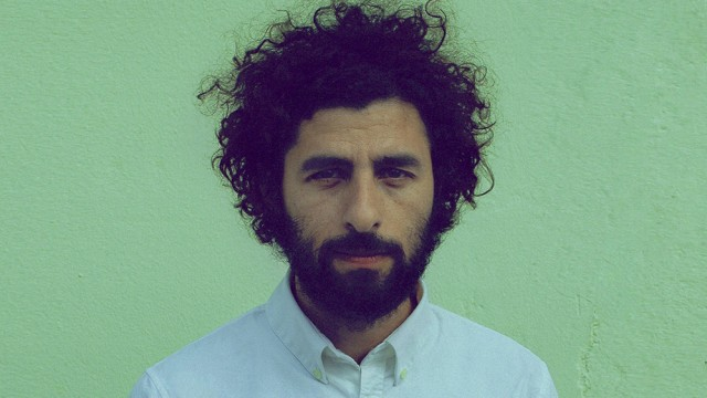 Jose Gonzalez Steps Outside Of Sweden With 'Vestiges & Claws'
