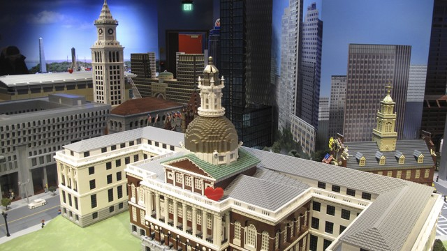 Block By Block, LEGO Constructs Mecca For Boston Fans