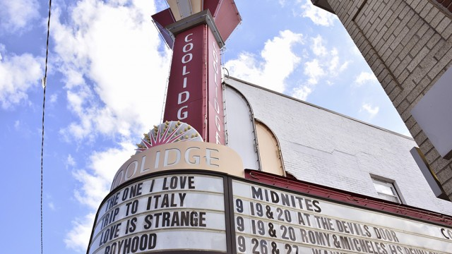 Coolidge Corner Theatre Offers Vintage Movie Experience