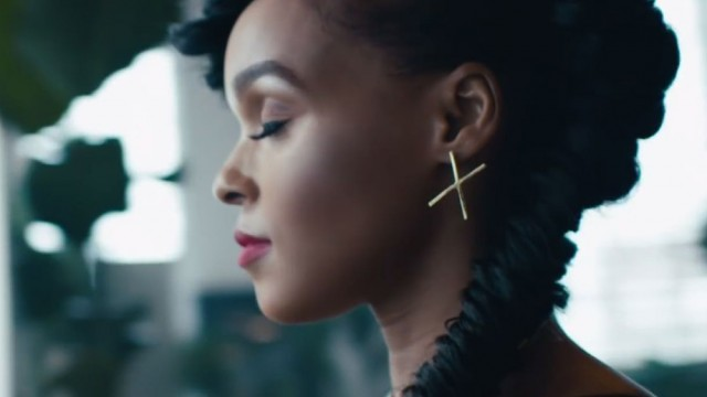"Janelle Monae Is QUEEN Of ""Yoga"""