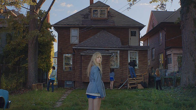 'It Follows' Finds The Horror In What's Human