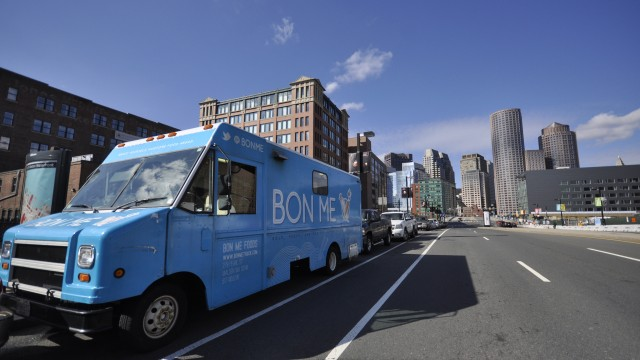 From Food Truck to Brick-And-Mortar: Bon Me Dazzles In Chestnut Hill Square
