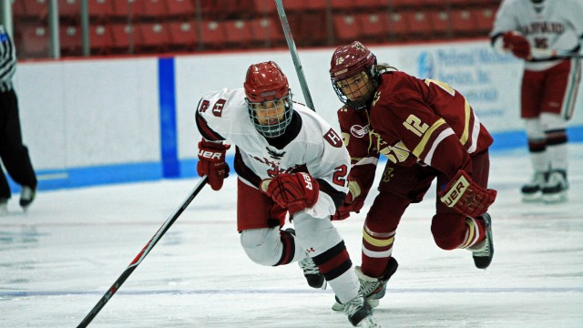 Women's Hockey Bound for Beanpot Final in Rout of Harvard