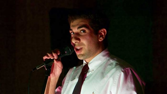 Bostonians Trade Verses and Voices in Intimate Performance