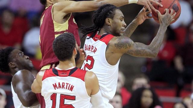 Men's Basketball Drops Heartbreaker in Raleigh on Buzzer Beater