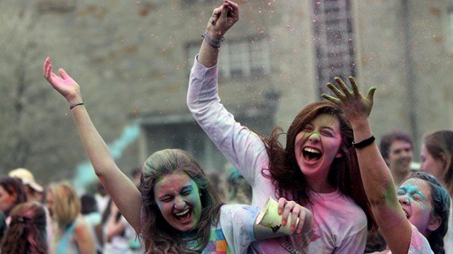 Photos: At Stokes, A Colorful Hindu Tradition in Holi