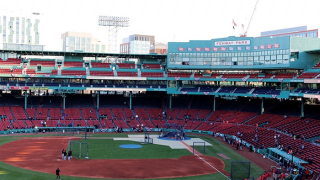 Red Sox Reach Out to Students to Popularize 9s Initiative