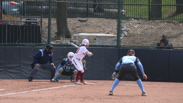 Softball Avoids Sweep Against Tar Heels With Series Finale Win