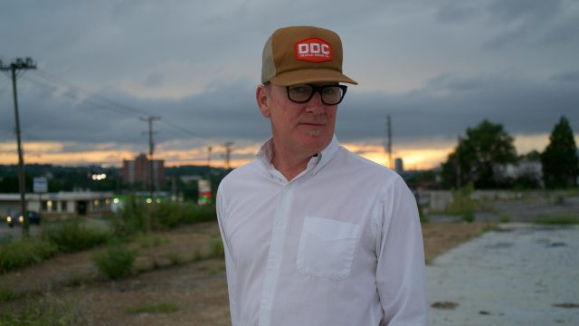 Lambchop's 'FLOTUS' Flourishes Despite Progression Flaws