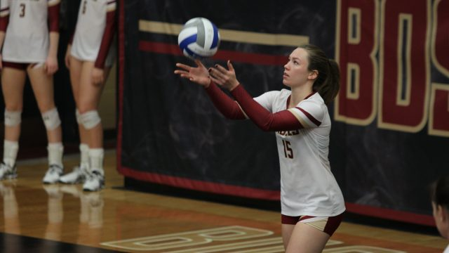 Volleyball Steals Second Straight ACC Victory Against Syracuse