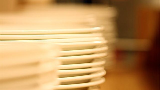 EcoPledge Hunts for 2,000 Plates Missing From Dining Services