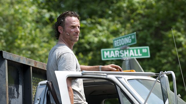 'The Walking Dead' Returns With Fast-Paced Action and Intensity