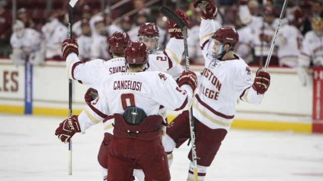 Power-Play Success Lifts Men's Hockey to Hockey East Semis