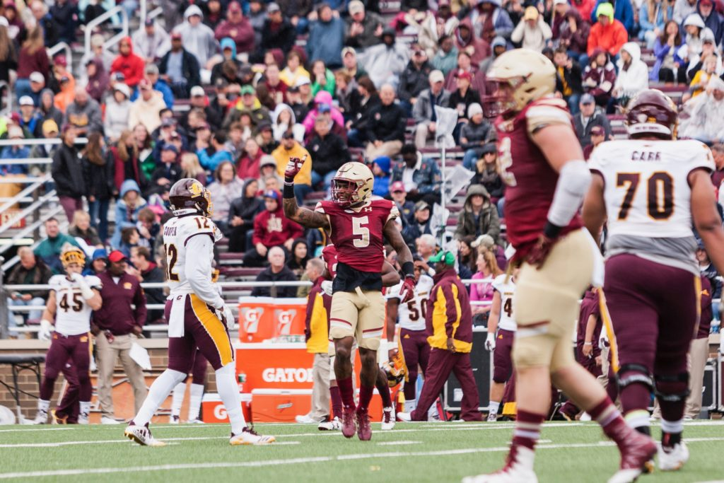 Walker Sets Up Eagles for Easy Win Against Central Michigan