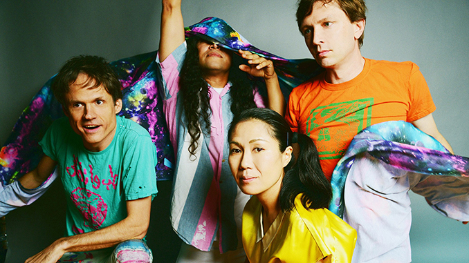 Deerhoof's 'Mountain Moves' Mixes Musical Flavors for Unforgettable Album