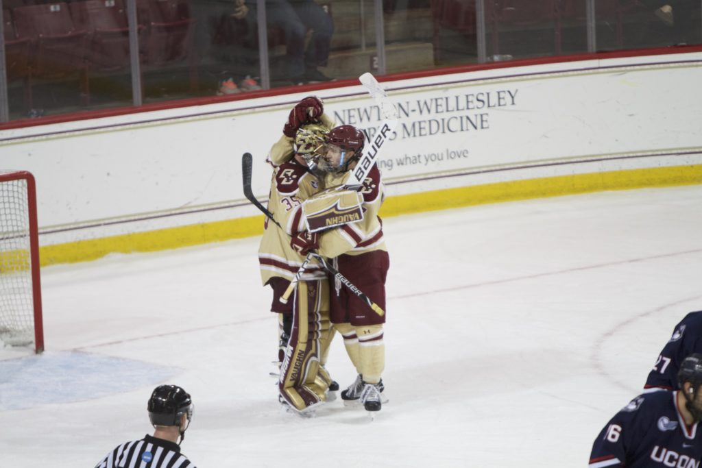 Men's Hockey Stays Hot at Vermont, Wins Fifth-Straight Conference Game