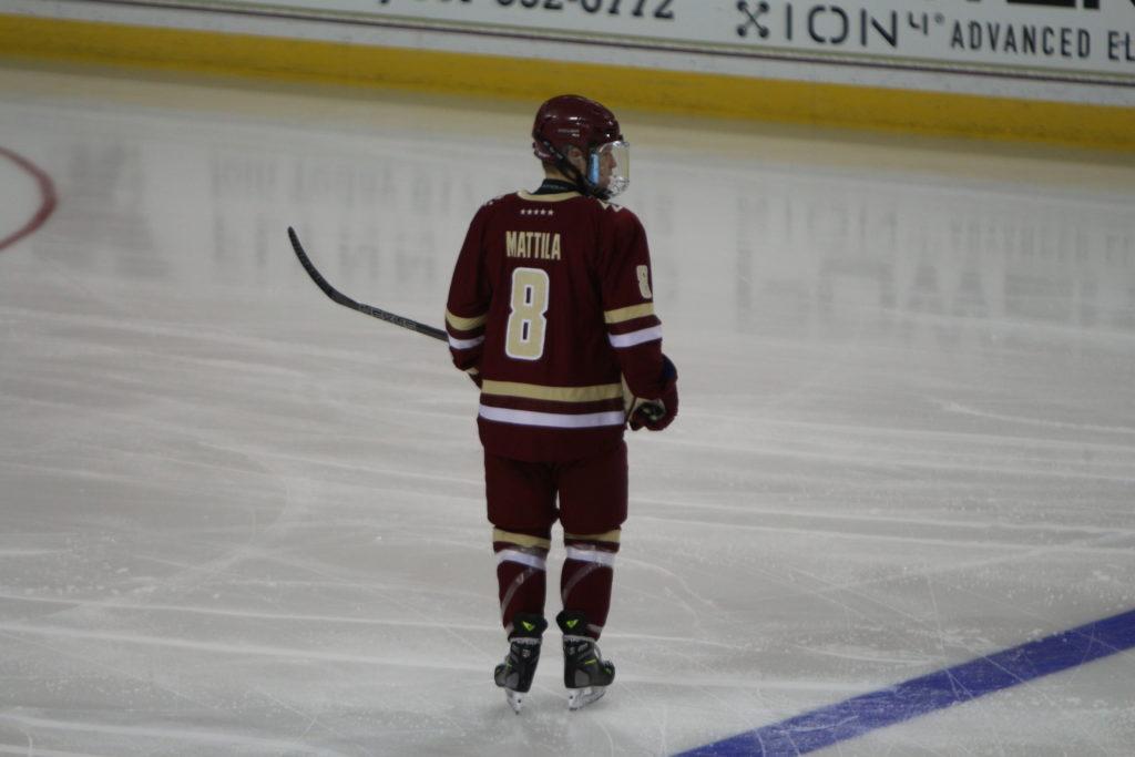Mattila, Kim Lift Men's Hockey Over UConn