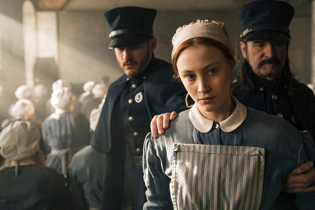 'Alias Grace' Tackles Psychological, Patriarchal Horrors