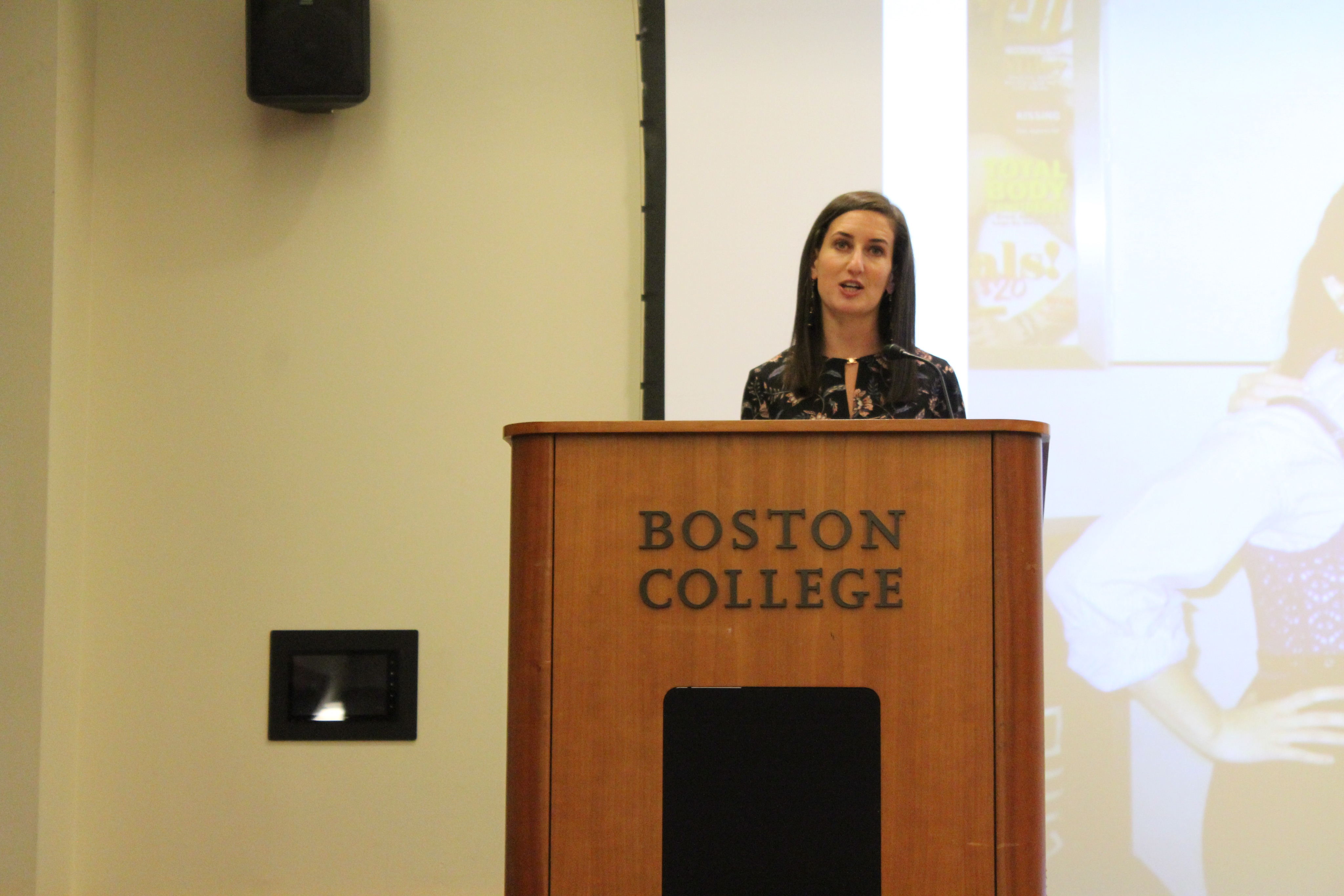 Stephanie Kaplan Lewis Discusses 'Her Campus,' How to Start Business