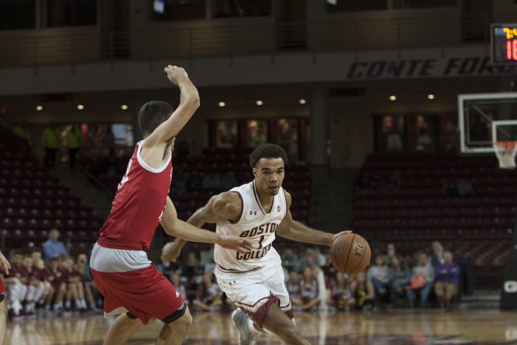 Backcourt Carries Men's Basketball to Victory at Hartford