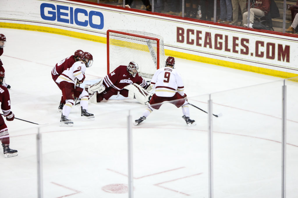 In First Game Since Lohan Injury, Defense Lifts Men's Hockey Over UMass