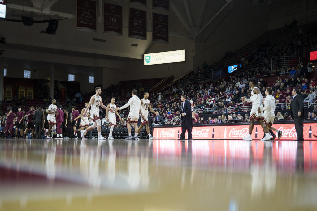 Weekly Round-Up: Big Wins for Men's Basketball, Women's Hockey, Women's Tennis Continues Hot Start