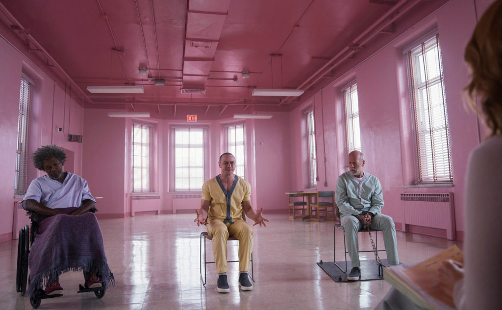 Shyamalan's 'Glass' Cracks Under High Expectations