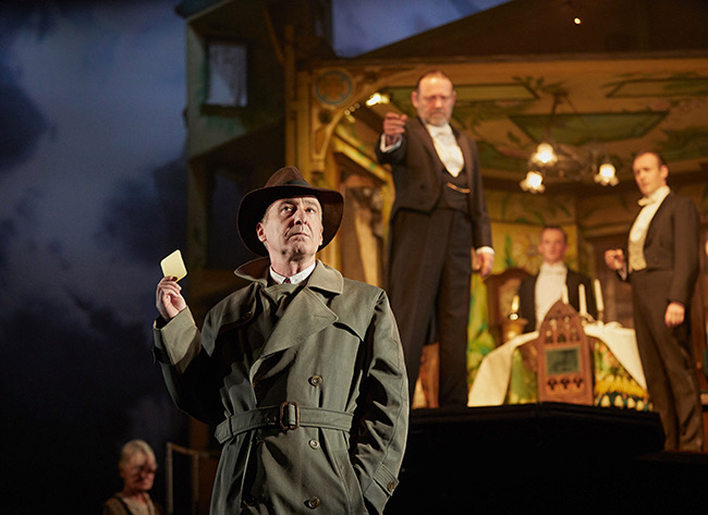 'An  Inspector Calls' Brings Mystery and Suspense from England