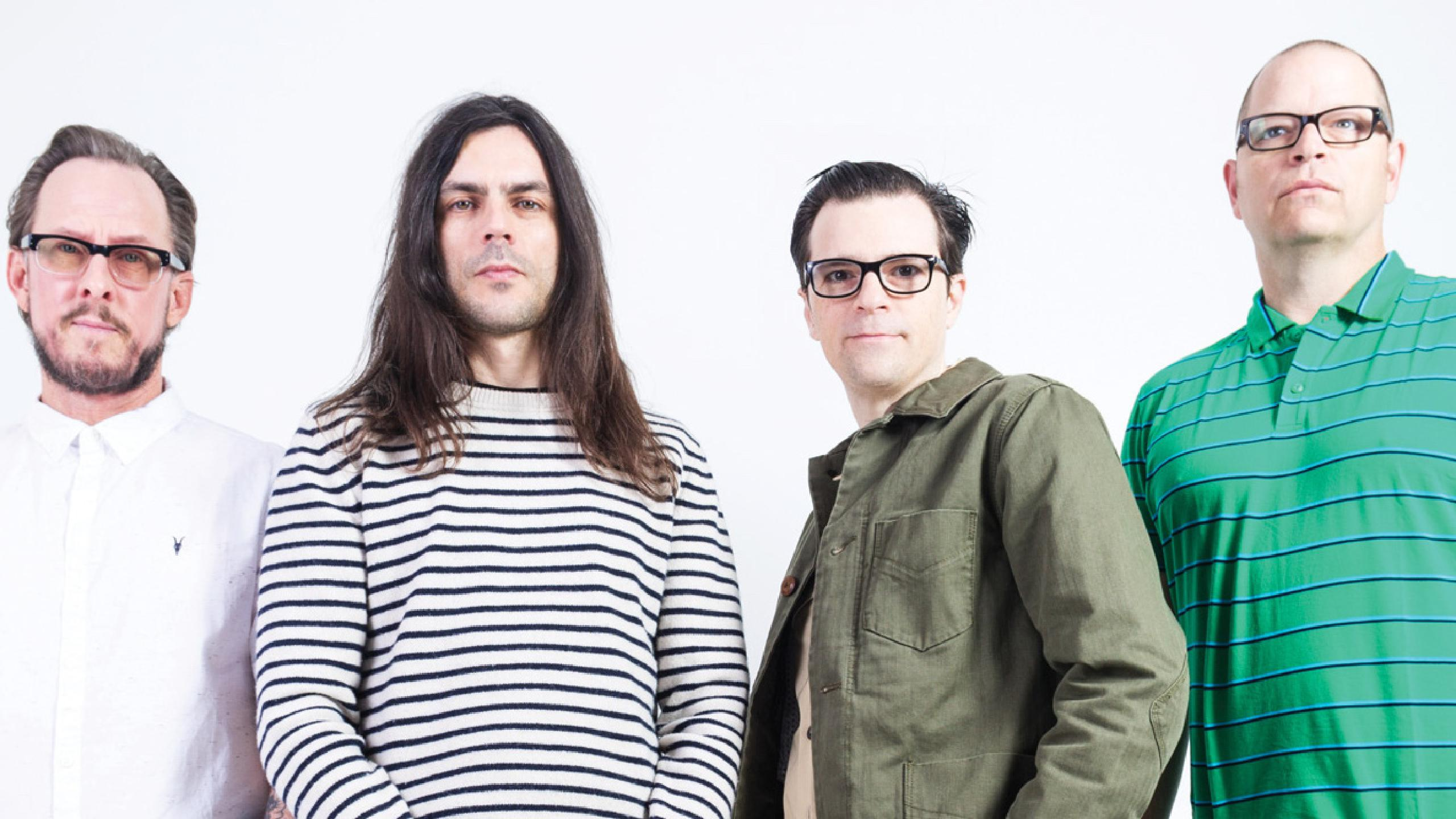 Conflicting Identities Muddle 'Weezer (Black Album)' - The Heights