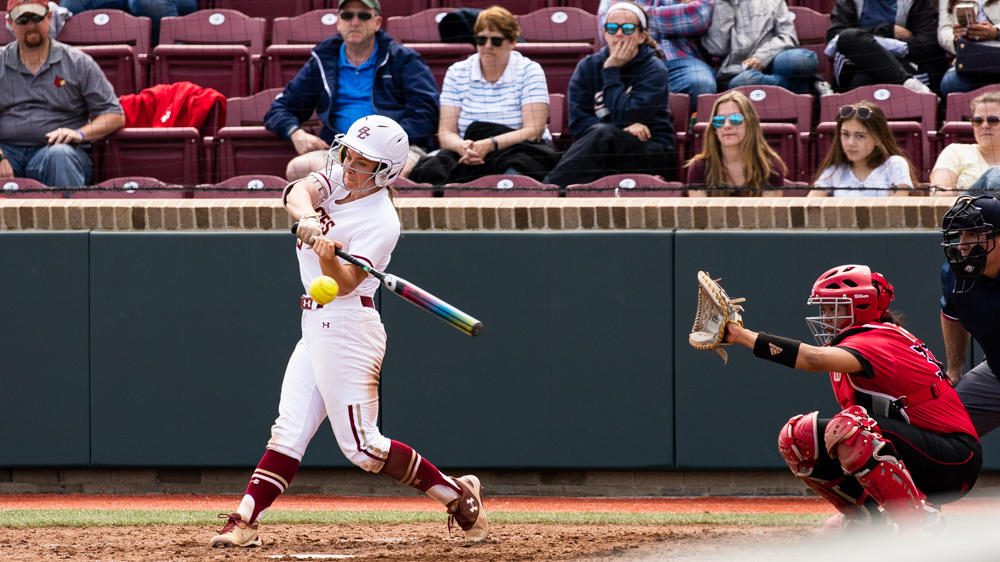 Eagles Split Season Series With UMass, Win in Extras
