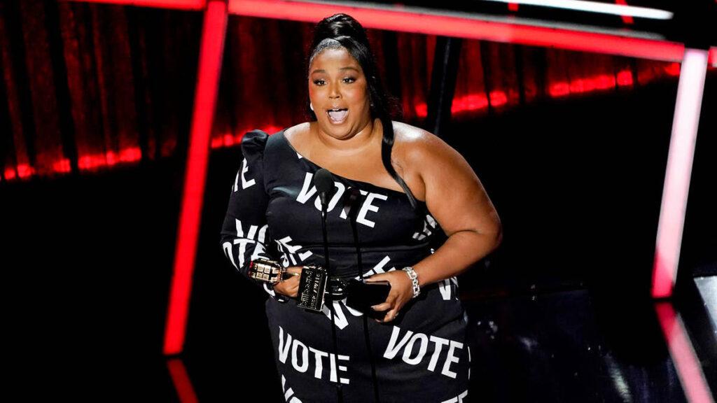 Artists Encourage Social Change at Billboard Music Awards