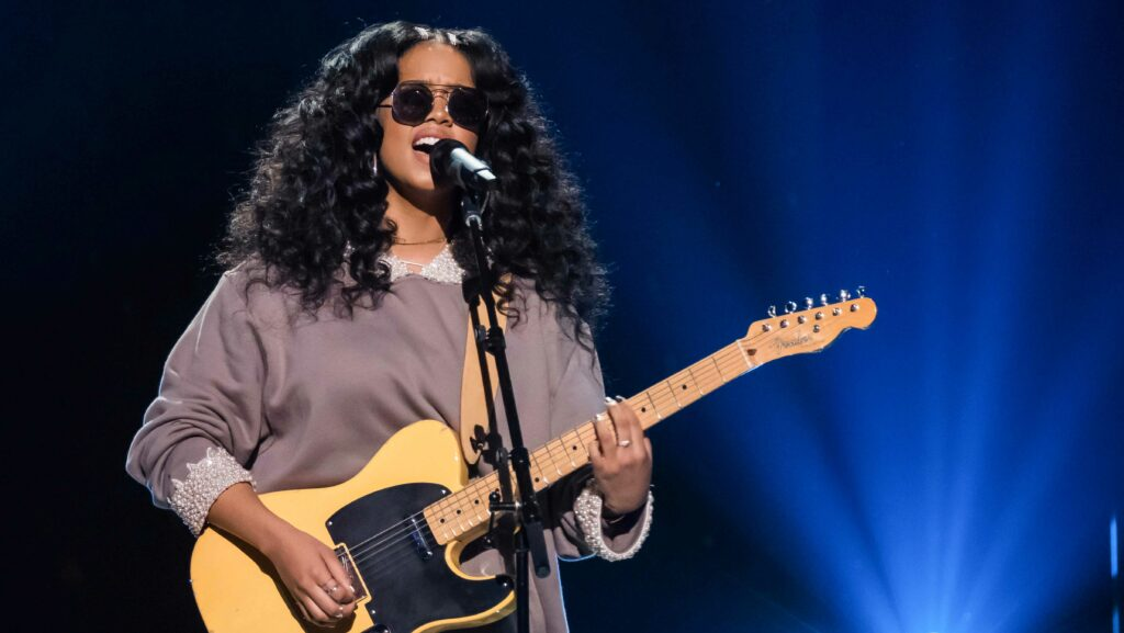 H.E.R., Arlo Parks, and More in Singles