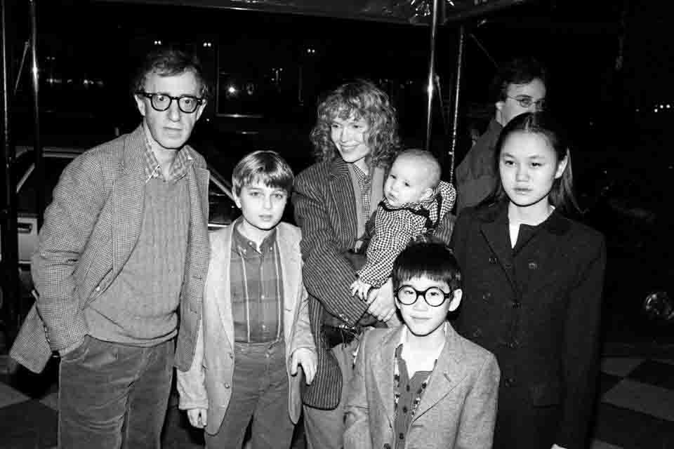 'Allen v. Farrow' Exposes Woody Allen's Dark Past