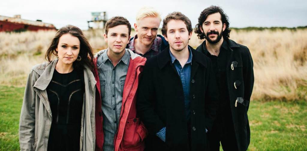 The Paper Kites Ponder Love on New Album 'Roses'