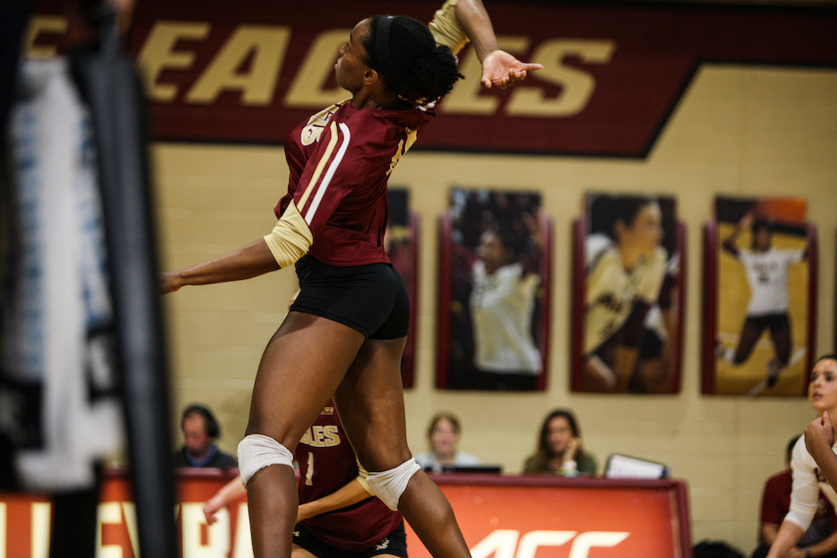 Eagles Take First Three Games at Bryant Invitational