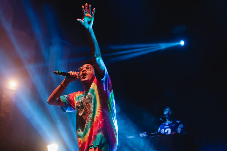 Bryce Vine Lights Up the Night at Stokes Set