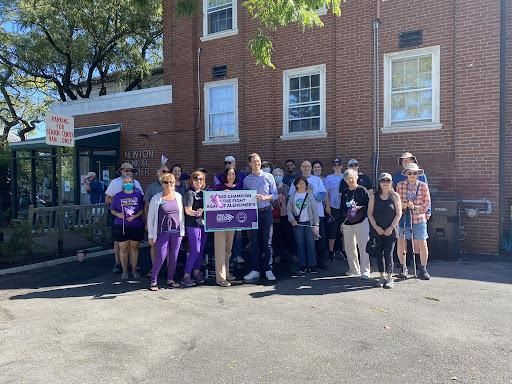 Newton Holds a Walk to End Alzheimer's