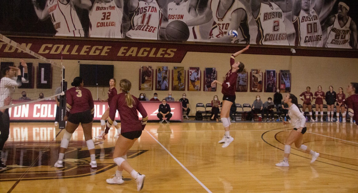 Eagles Force Fifth Set But Fall To Wake Forest